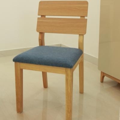 实木餐椅北欧简约家具布艺咖啡椅